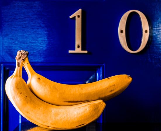 10 and bananas